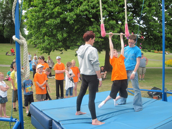 Teaching Trapeze in the Outdoors